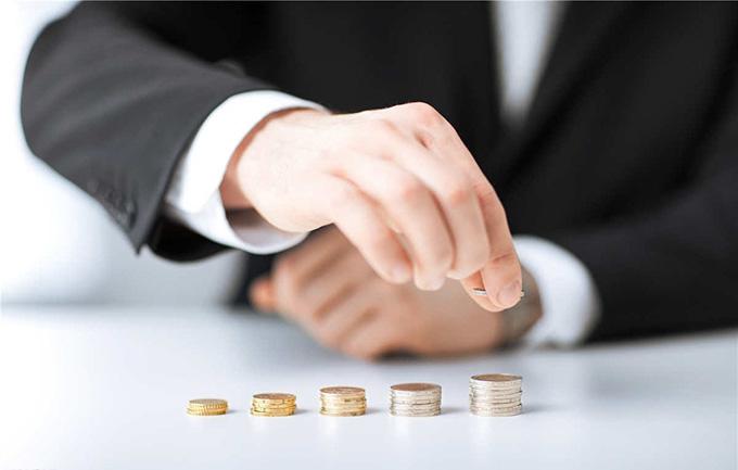 软银243亿英镑收购英芯片企业!微软公布第四财季财报同比扭亏