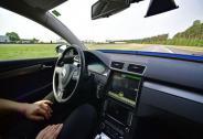自动驾驶汽车地图团战,策略比结果更重要