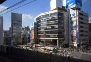 我们去了东京最理想居住区,看亲切的商业怎么做