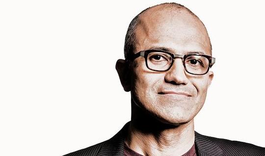 微软重回巅峰:纳德拉是如何扭转局面的
