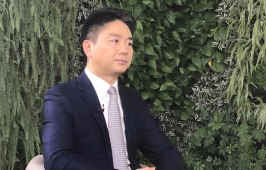 刘强东:未来电动车不需4S店 网上买车就像买电脑
