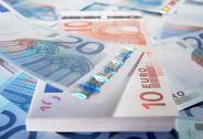 人民币走软助涨美指气焰 欧元承压刷新13个月新低