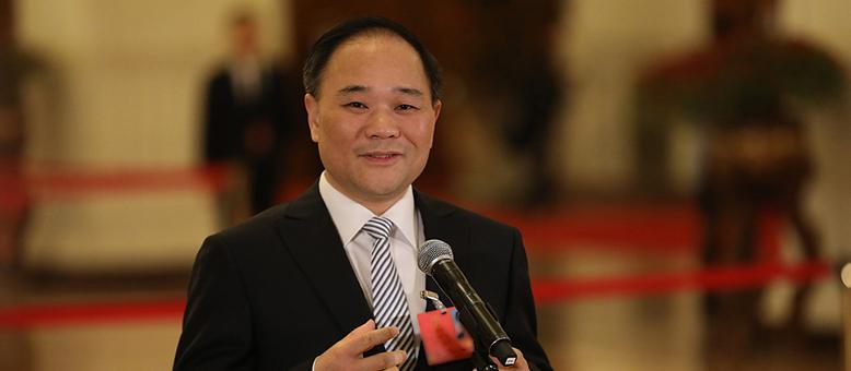 李书福:虚拟经济虚火旺盛 资本运作扰乱实体经济发展