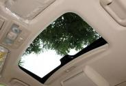 汽车天窗第四代:太阳能天窗时代