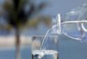 一年狂赚200亿,靠卖水缔造神话的公司要上市了?