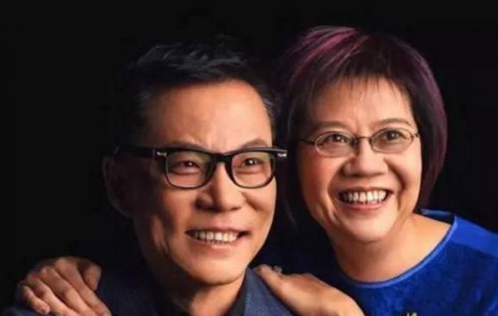 李国庆微博隔空喊话儿子,被俞渝指使起诉父母?